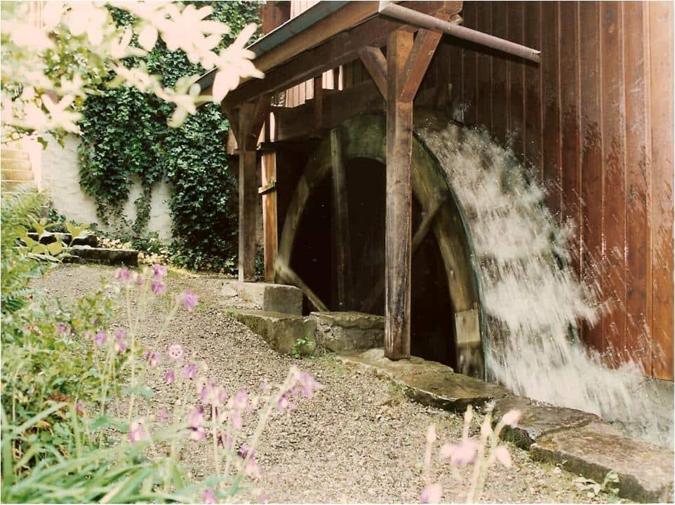 Wasserrad oberschlächtig